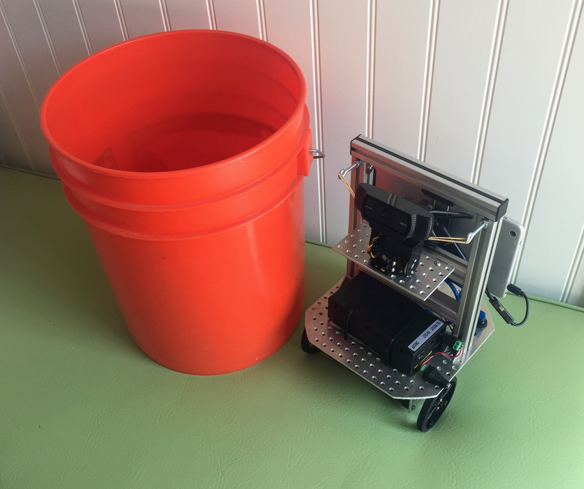 Picture of Bucket Bot 2