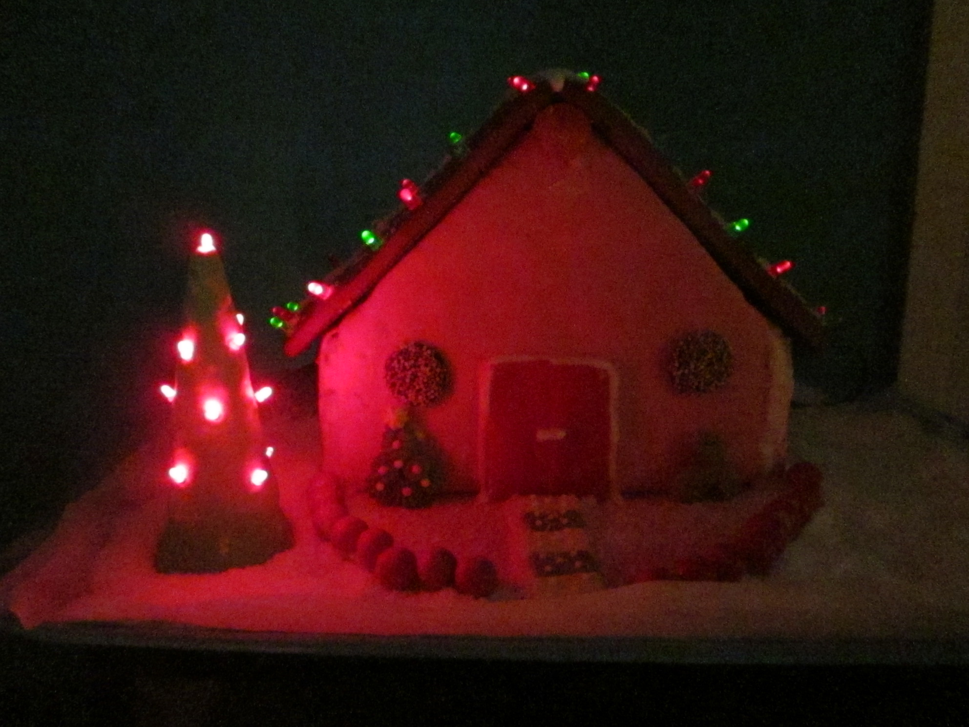 Picture of LED Gingerbread House
