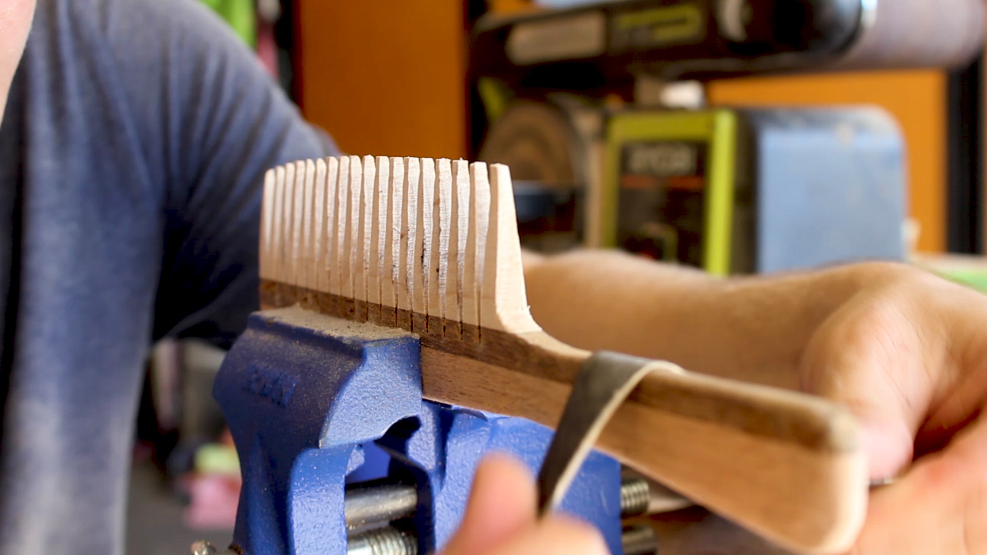 Picture of Final Sanding / Shaping of Your Comb