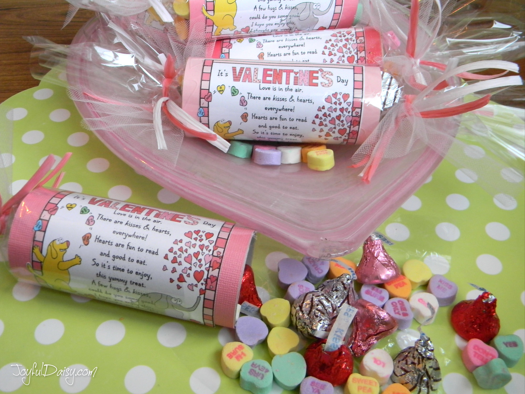 Picture of VALENTINE TREAT TUBES & SNACK POEM