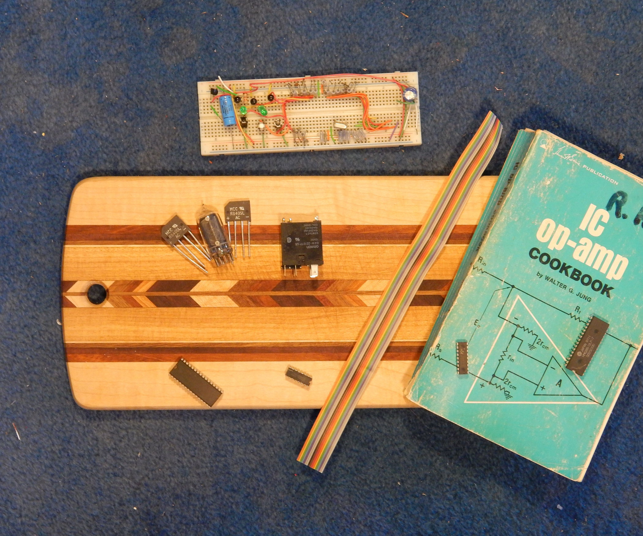 Comprehensive Guide to Electronic Breadboards: a Meta Instructable