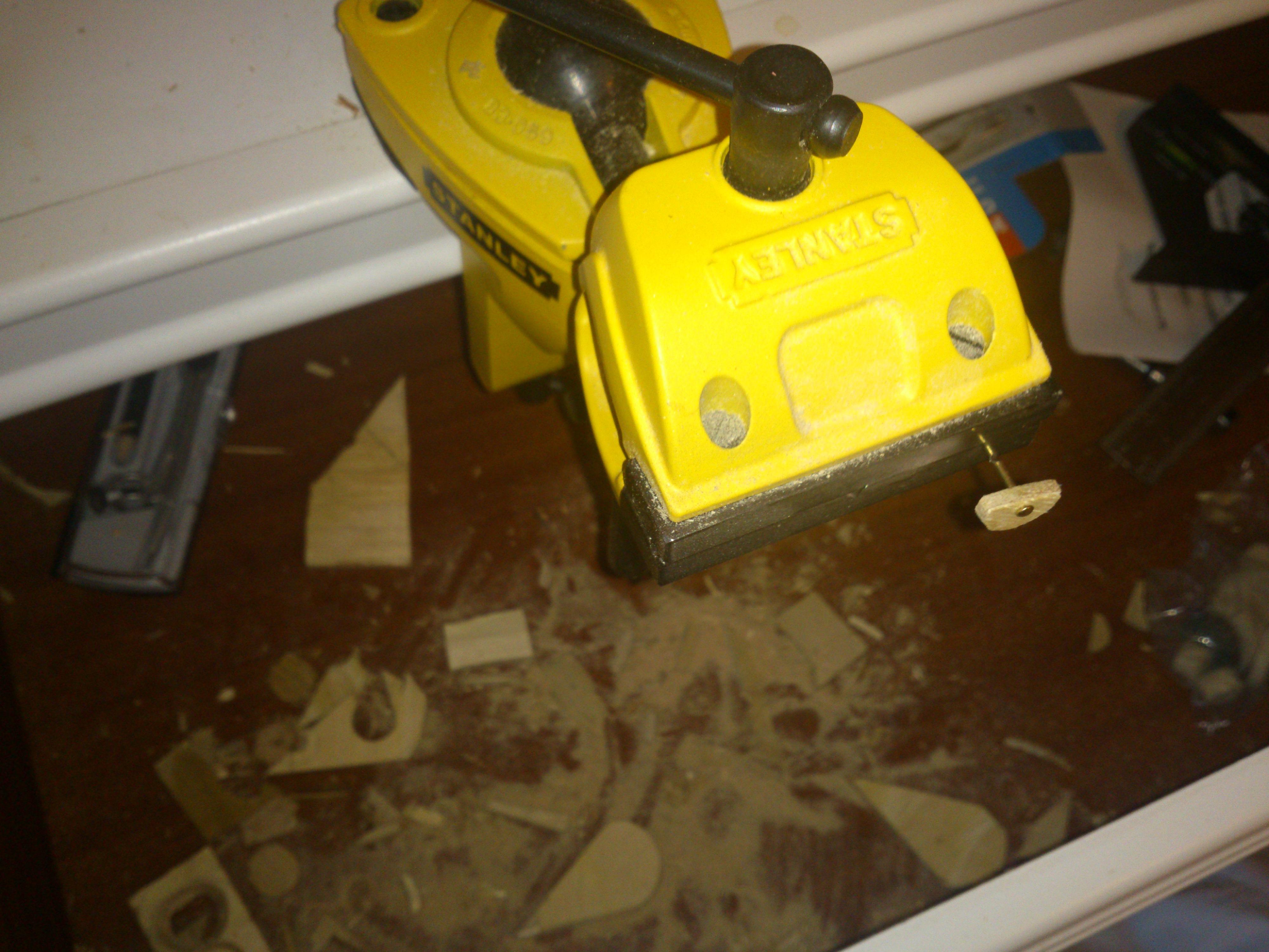 Picture of Make Pivot Holes