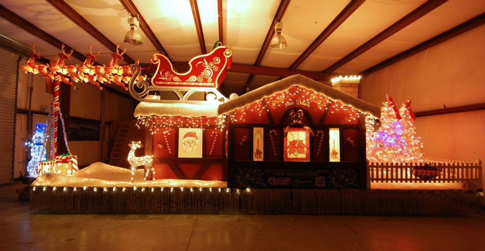 Picture of Christmas Parade Float