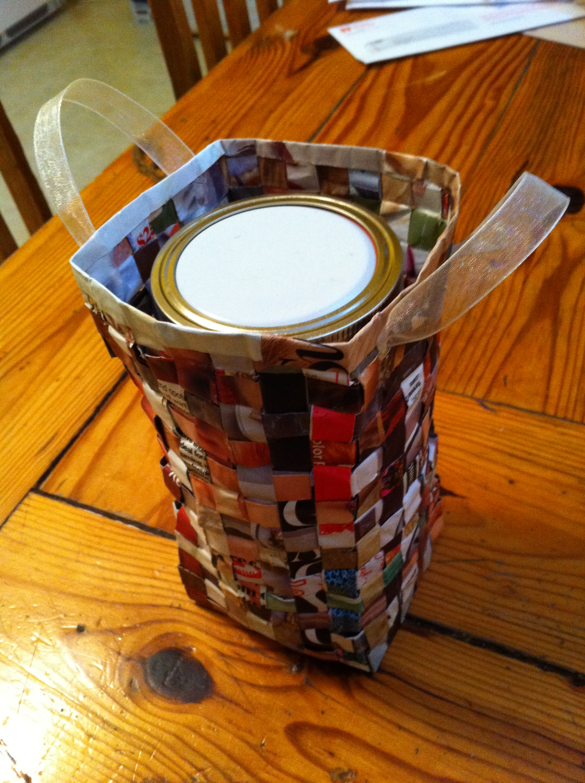 Picture of Recycled Magazine Gift Bag
