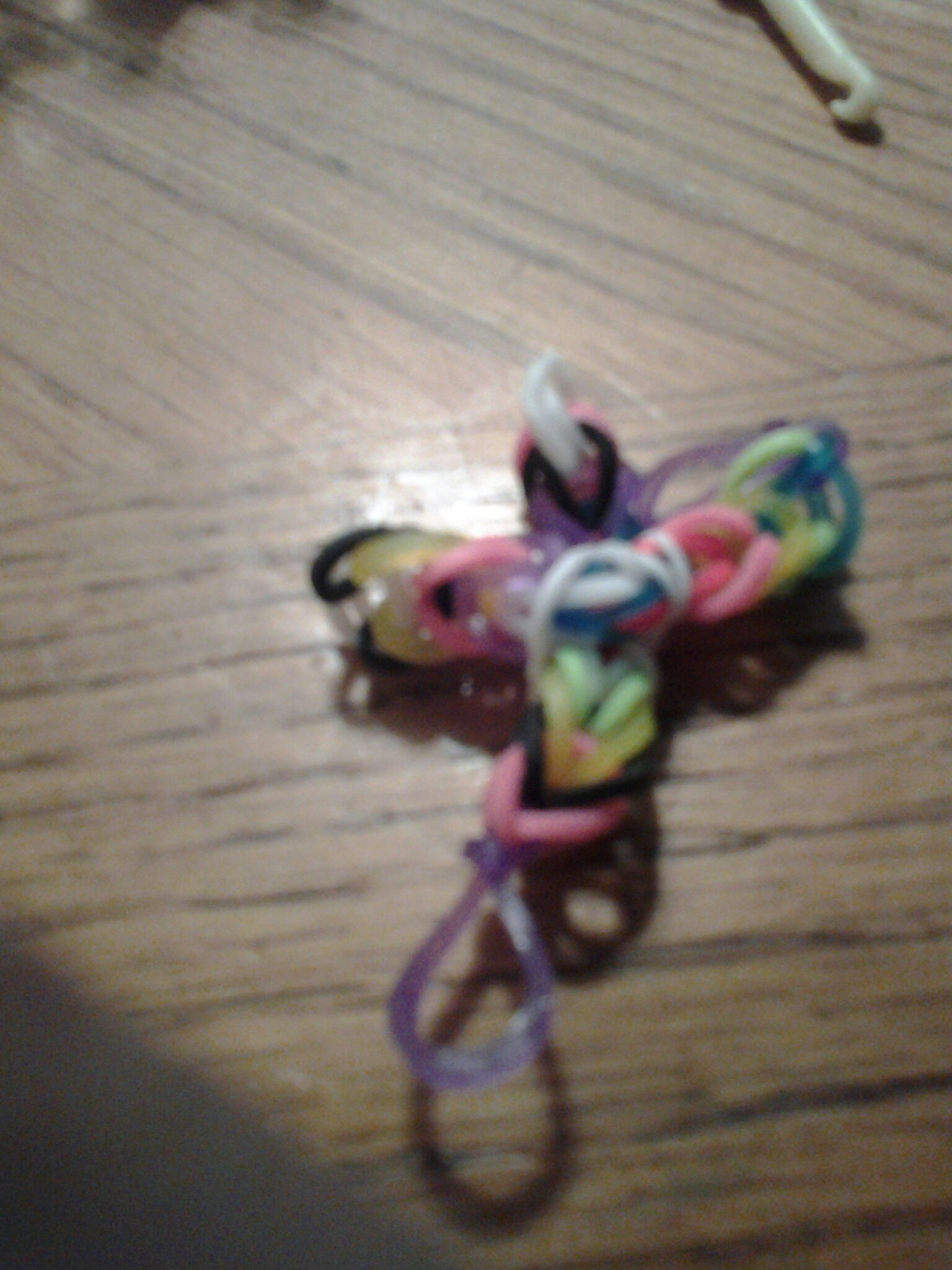 Picture of Rainbow Loom Cross(for Christians)