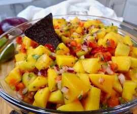 Gameday Dish: Mango Salsa Sweet & Spicy Dip