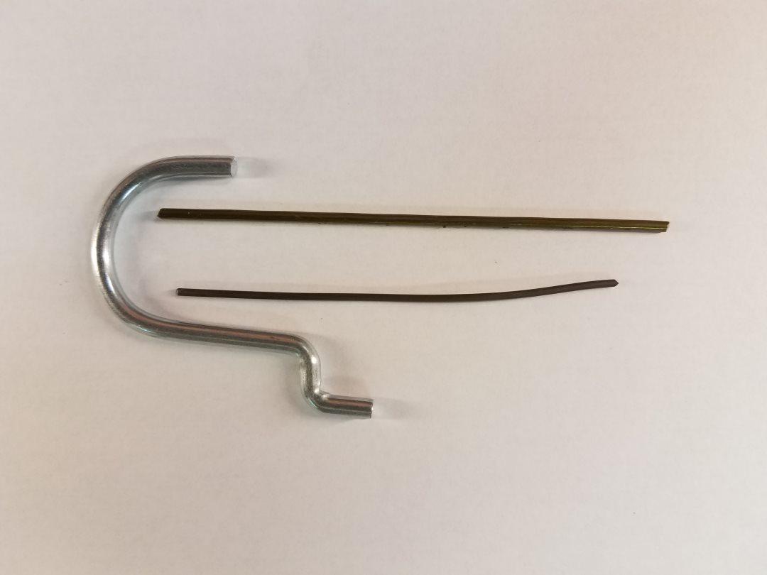 Picture of Coat Hangers Vs Tie Wire