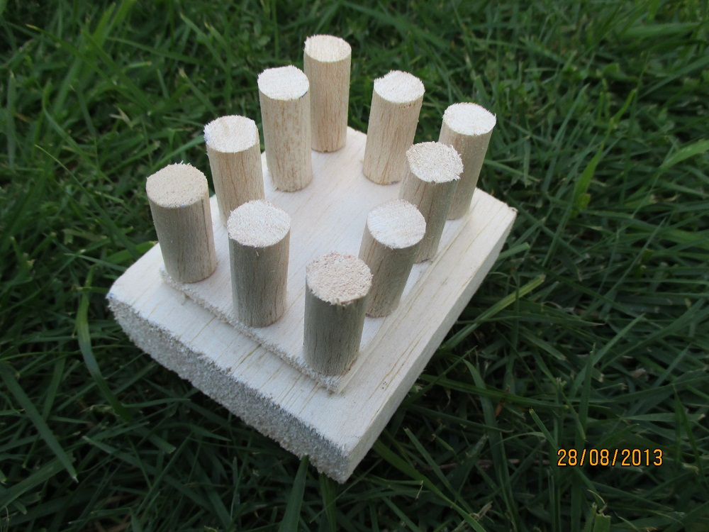 Picture of Stick the Pillars Onto the Base