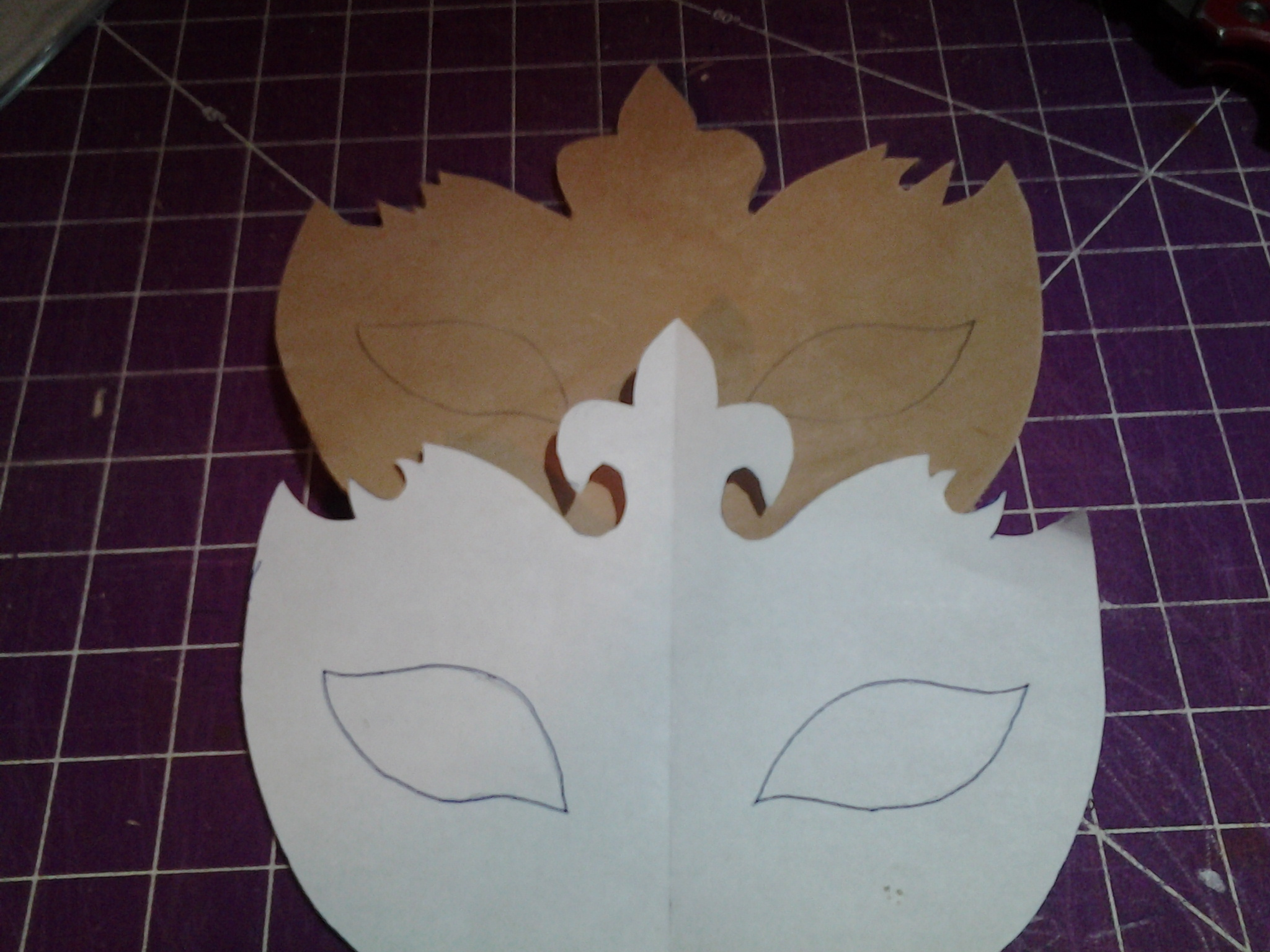 Picture of Tracing & Cutting Eye Holes