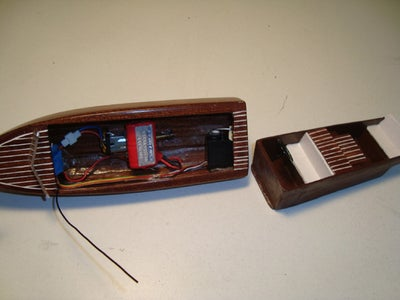 SMALLEST Real Wood Chris Craft R/C Boat