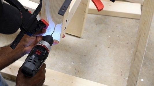 Attaching the Seat to the Legs