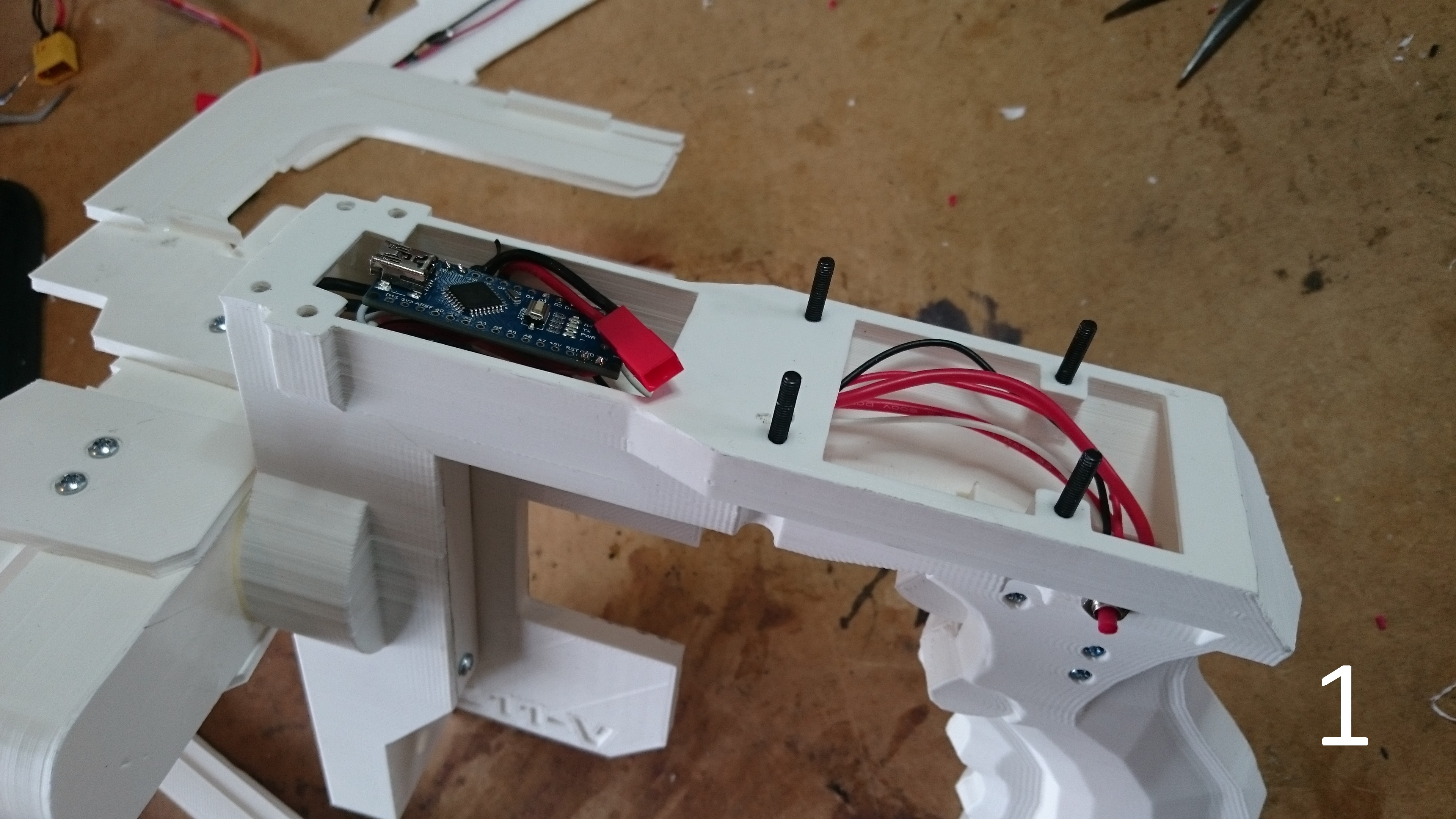 Picture of Assembly: Fitting Top Plate, Mag Housing, Arch and Bottom Plate