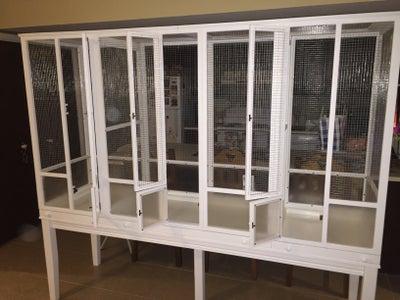 Linda's Flight Cage