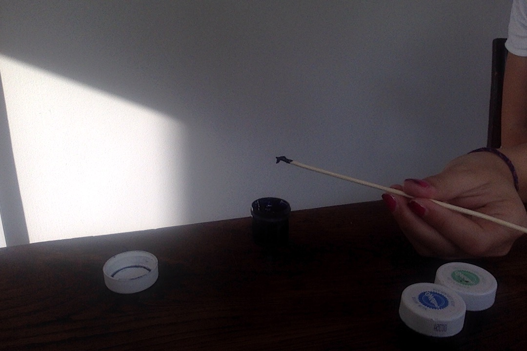 Picture of Put Food Coloring on Your Skewer