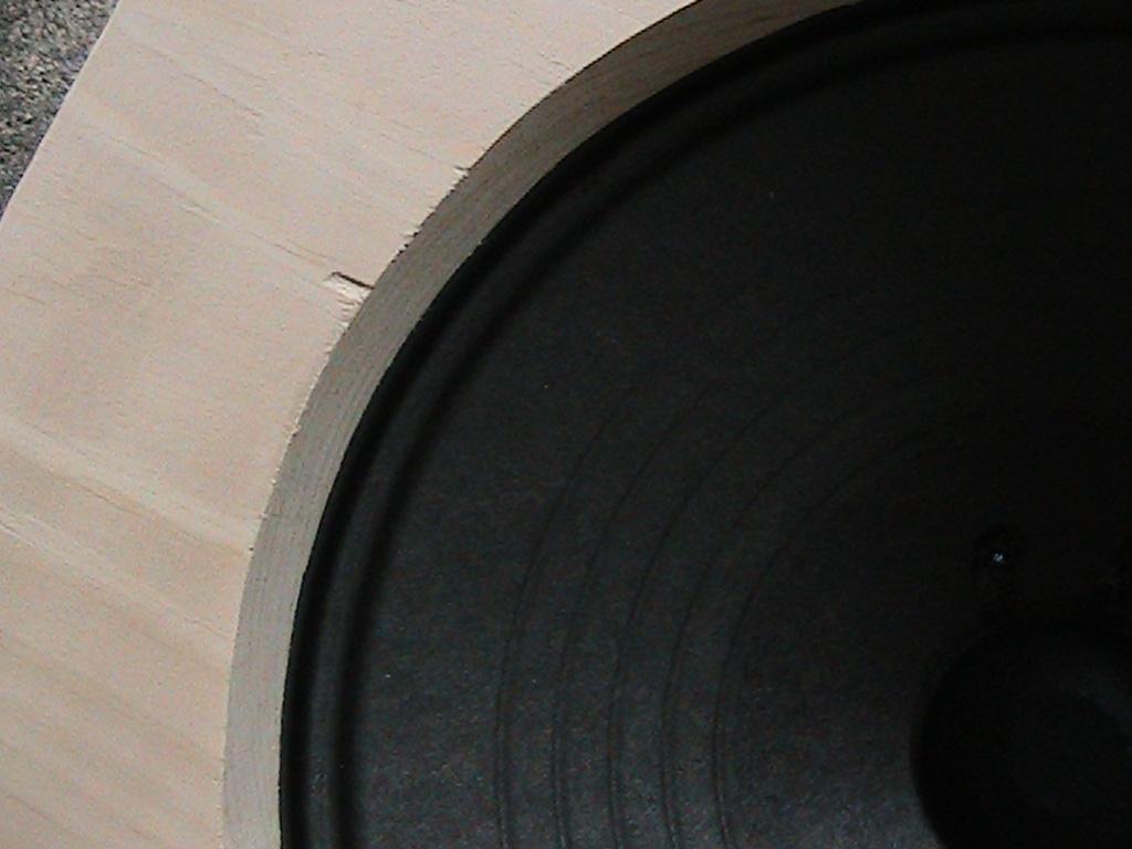 Picture of Make/Change Speaker Baffle