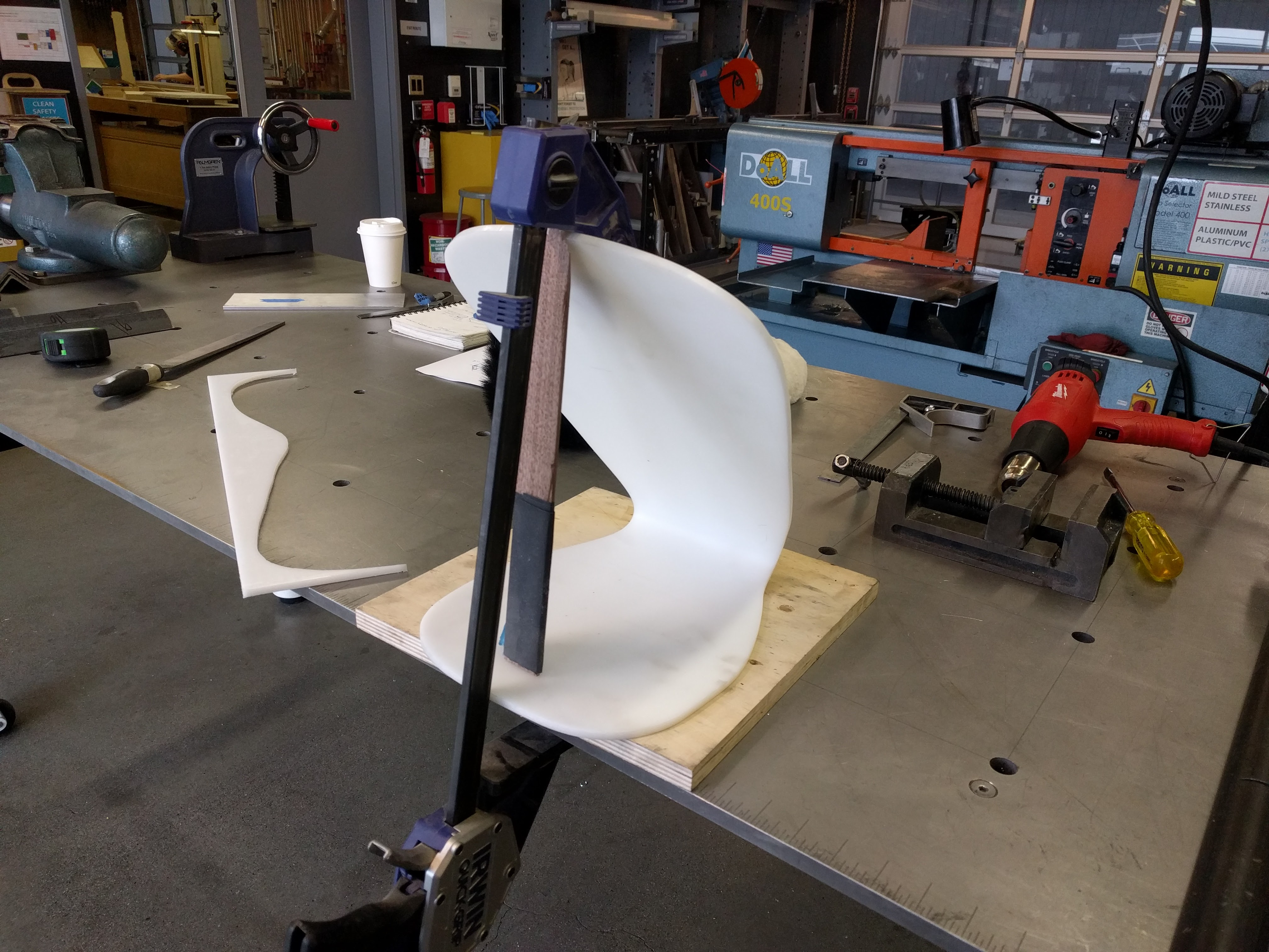 Picture of Make a Plastic Stand
