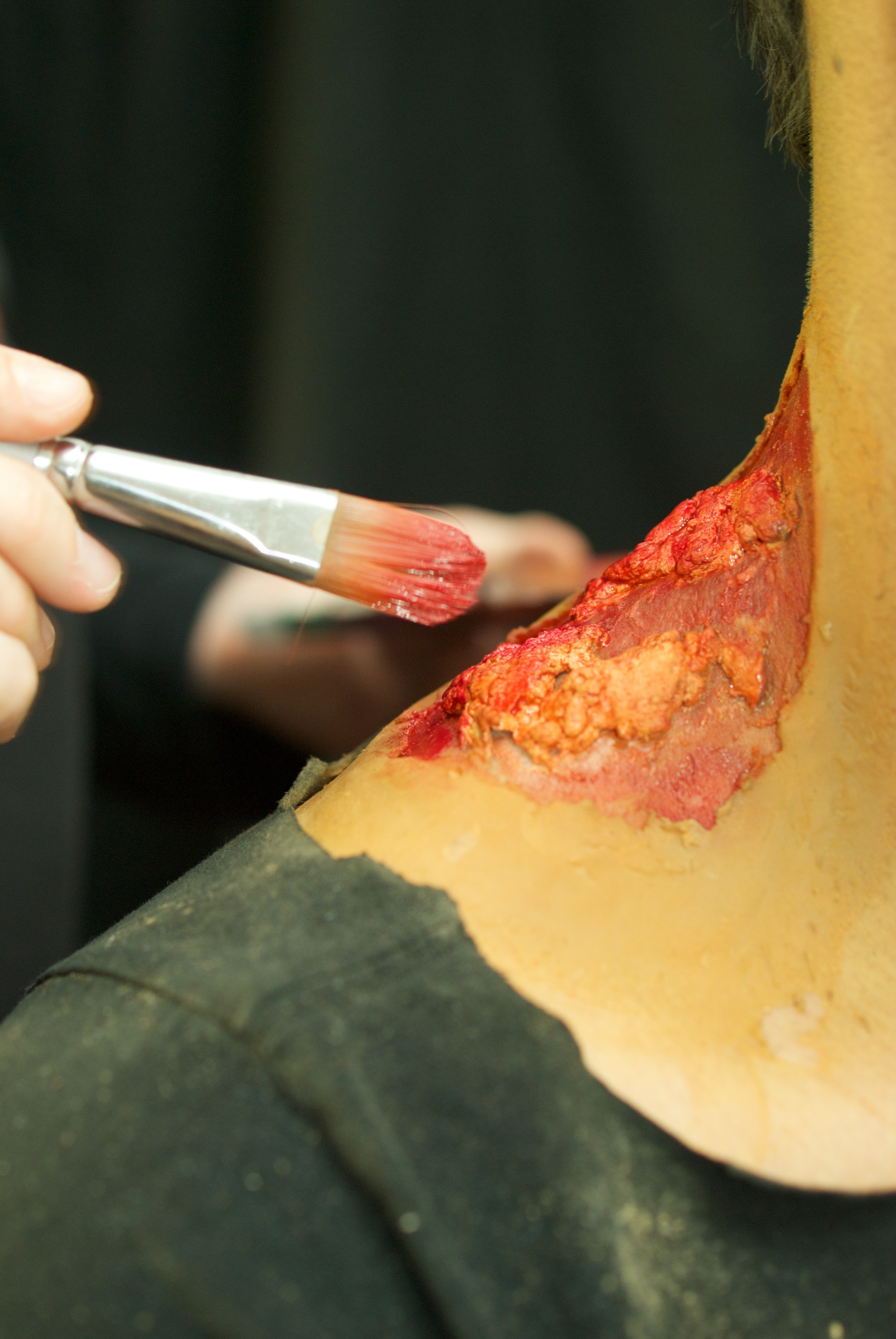 Picture of Add Red Base Coat to Sores, Bite Wound