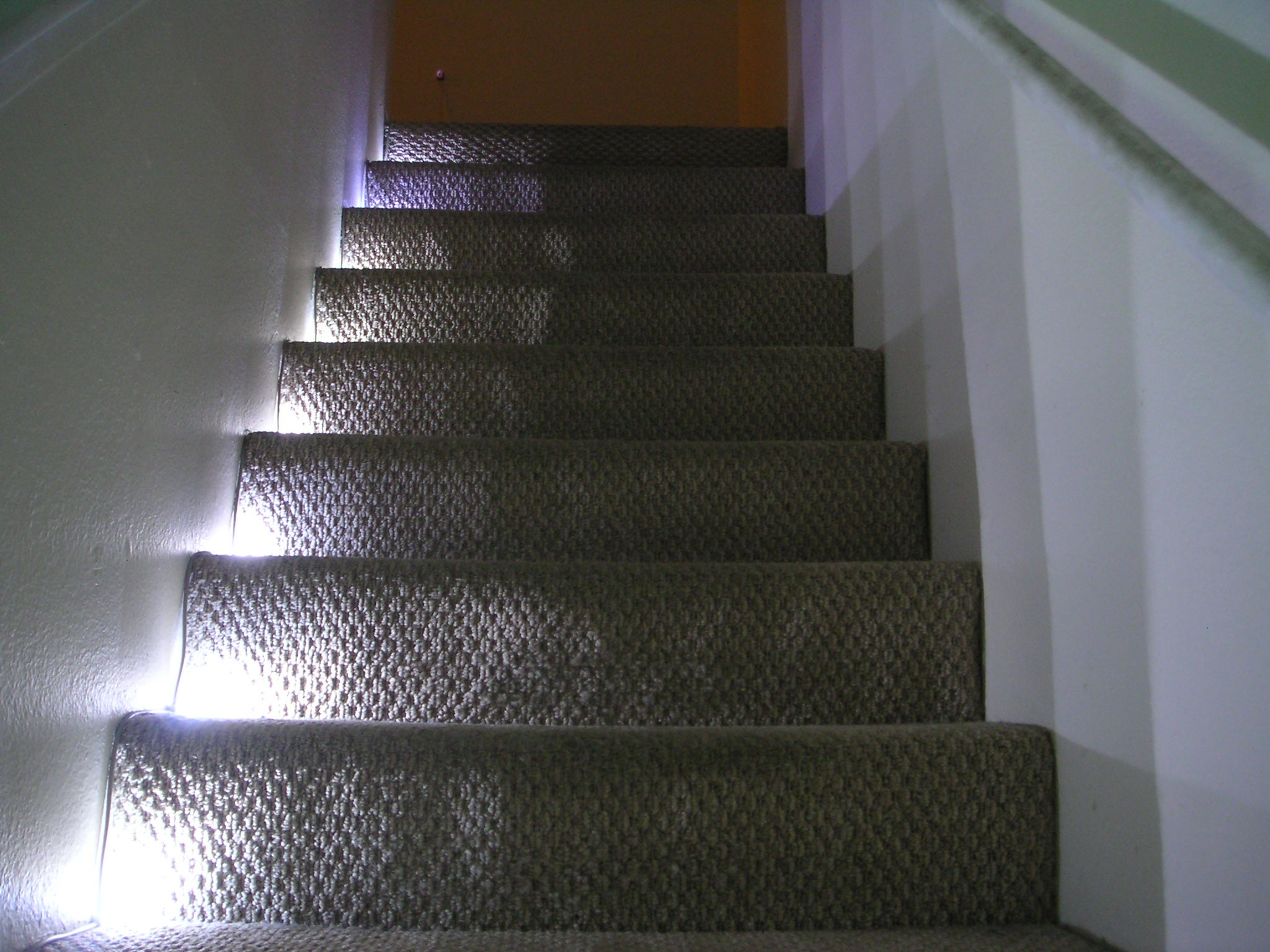 Stairway LED Lighting With IR Trip Sensor : 9 Steps - Instructables