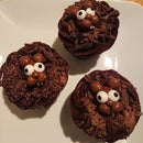 Easy Groundhog Cupcakes