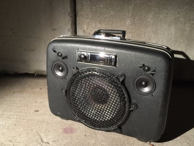 Upcycled Vintage Suitcase Boombox