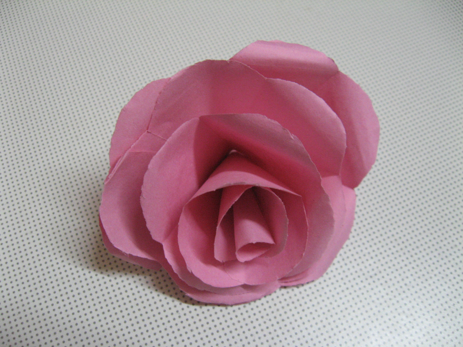 Picture of How to Make Real Looking Paper Roses