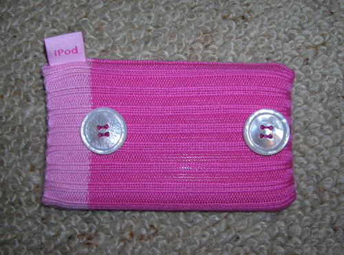 Picture of Sew 2 Buttons on to an Ipod Sock