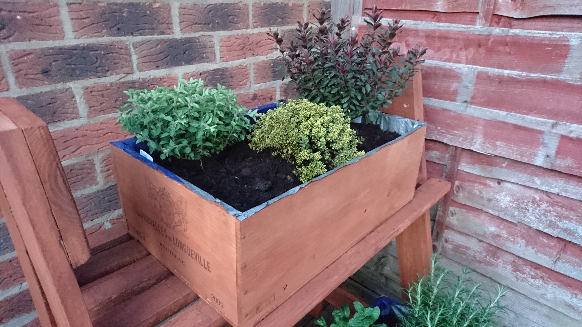 Picture of Finished Product and a Good Reason to Use Pallets Over Store-bought...