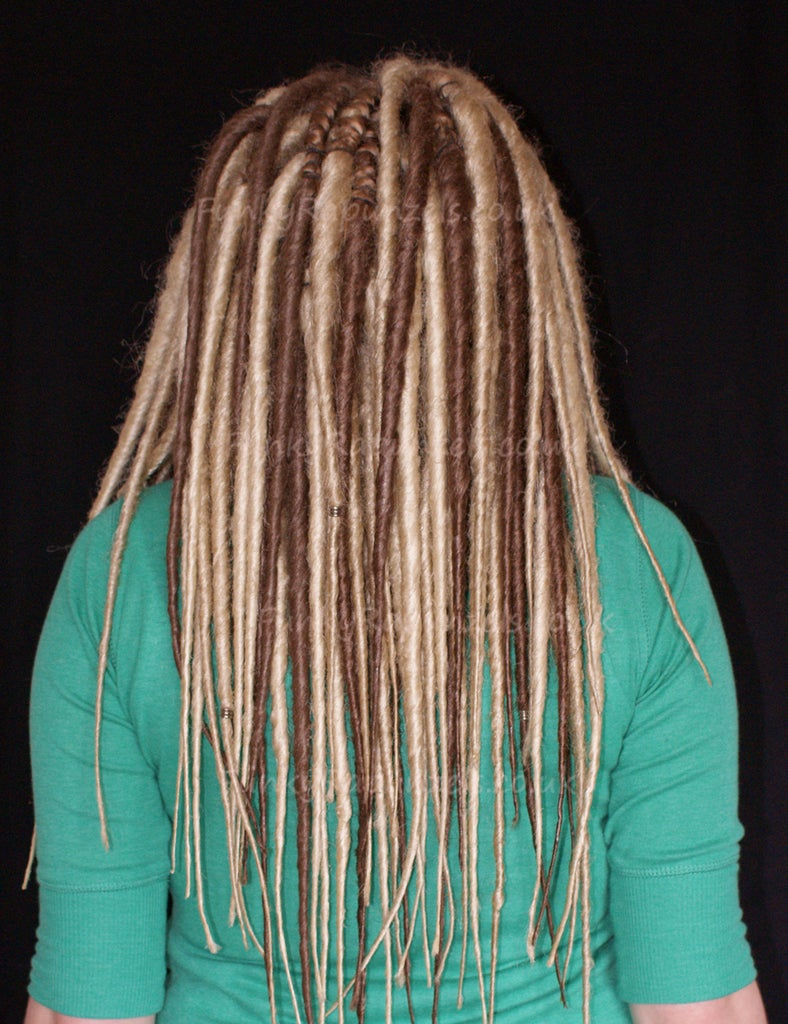 5ee4d4649ee68 How to Install Synthetic Double Ended Dreads: 4 Steps