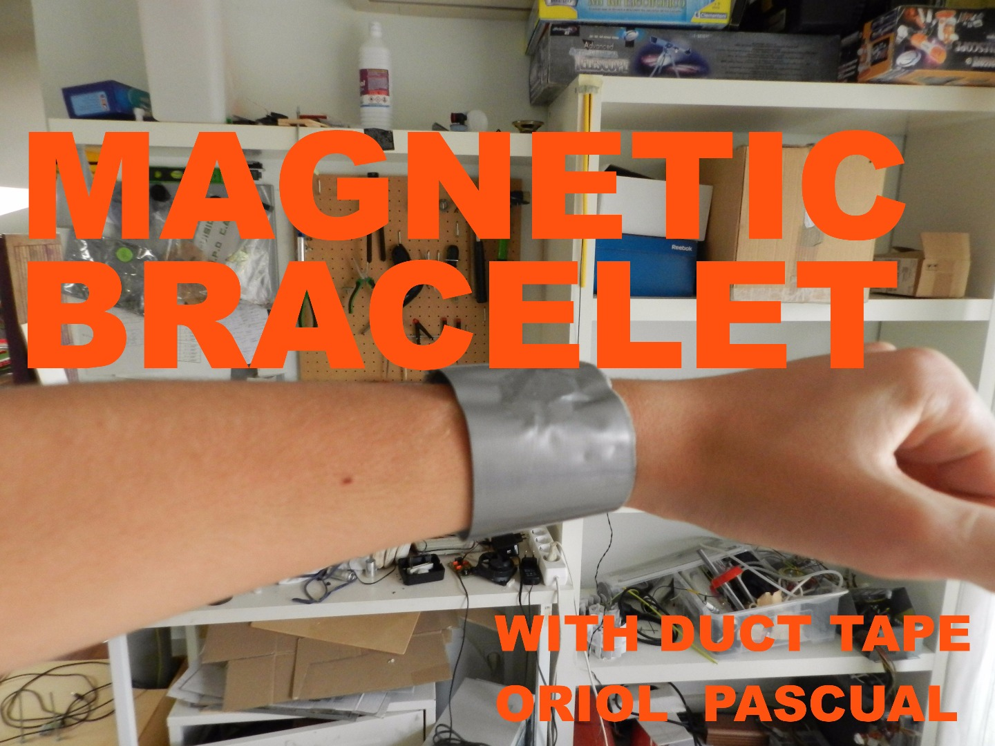 Picture of MAGNETIC BRACELET WITH DUCT TAPE