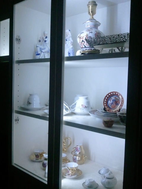 Picture of Ikea Cupboard / Bookshelf Cove Lighting