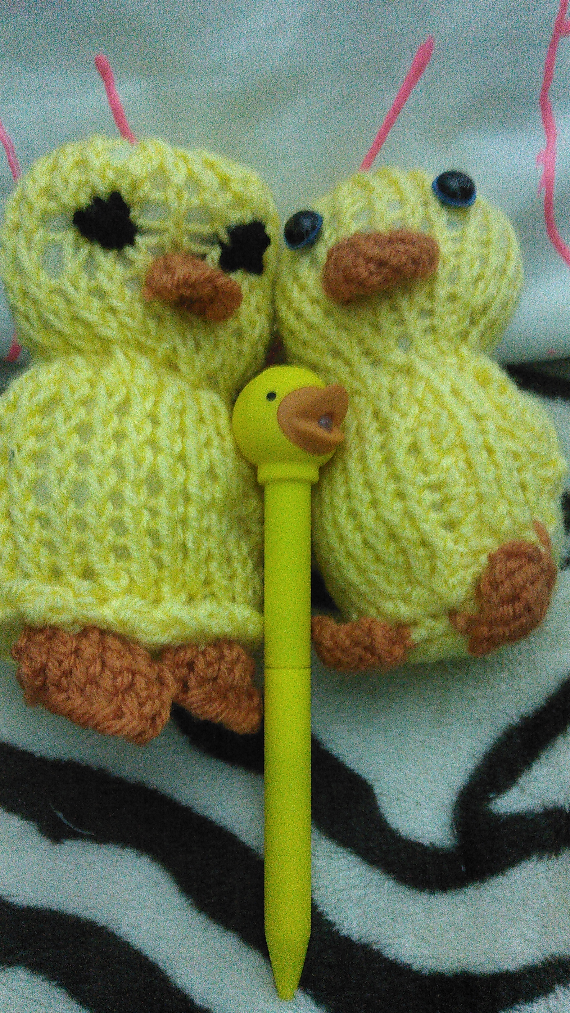 Picture of Knit Fluffy Duckies (Sqaishey Quack)