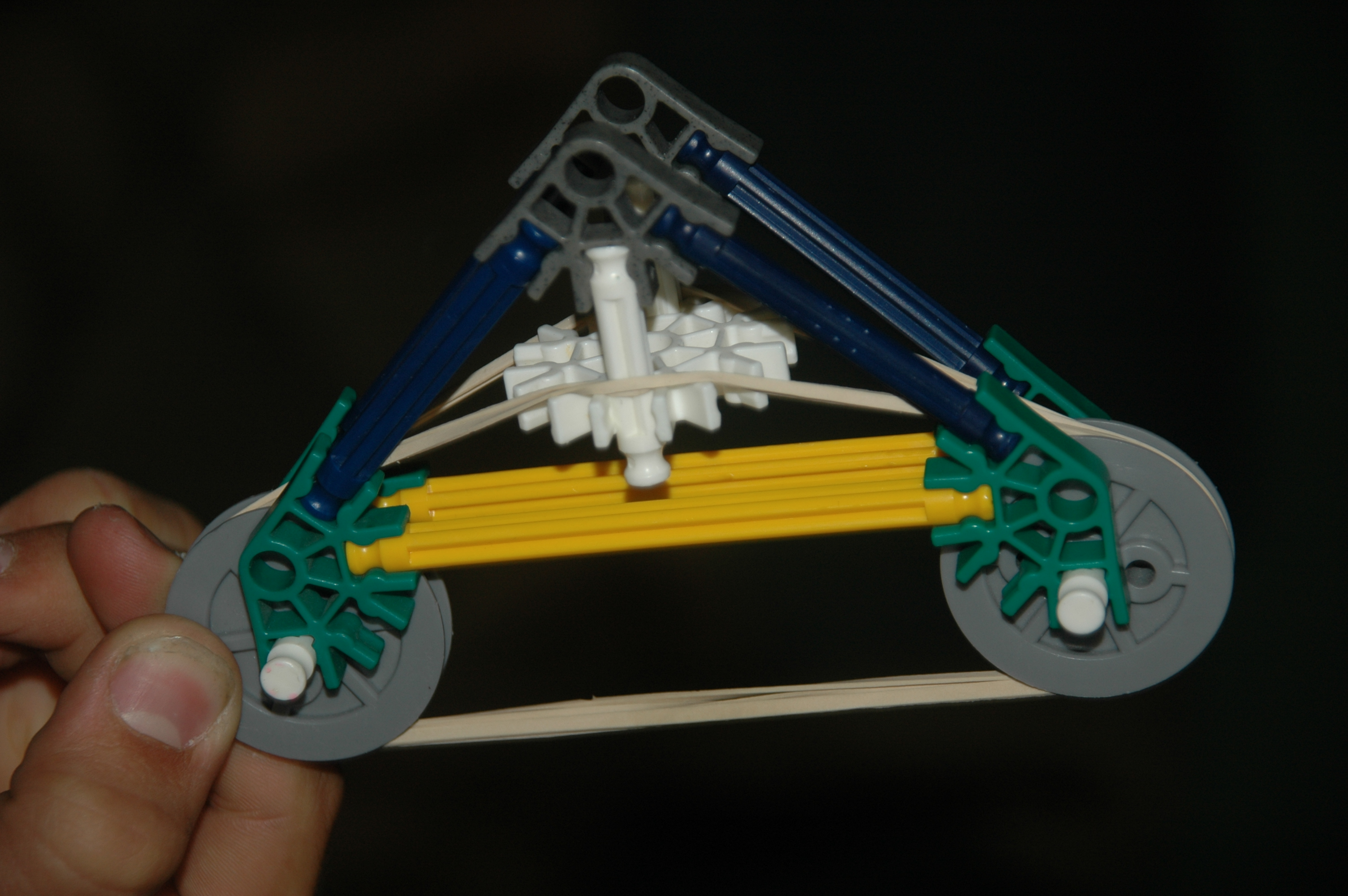 Picture of Mini Powerful Knex Bow