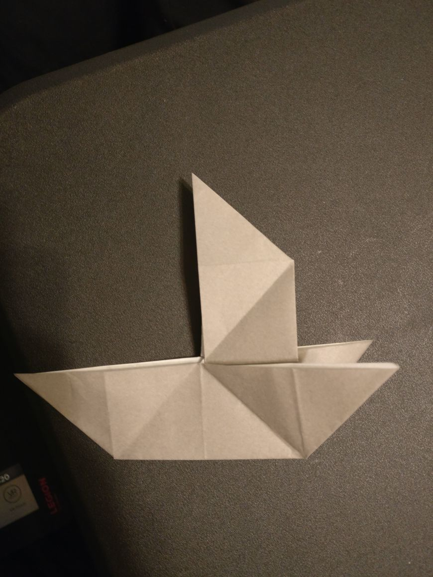 Picture of Majic Boat Origami Instructions