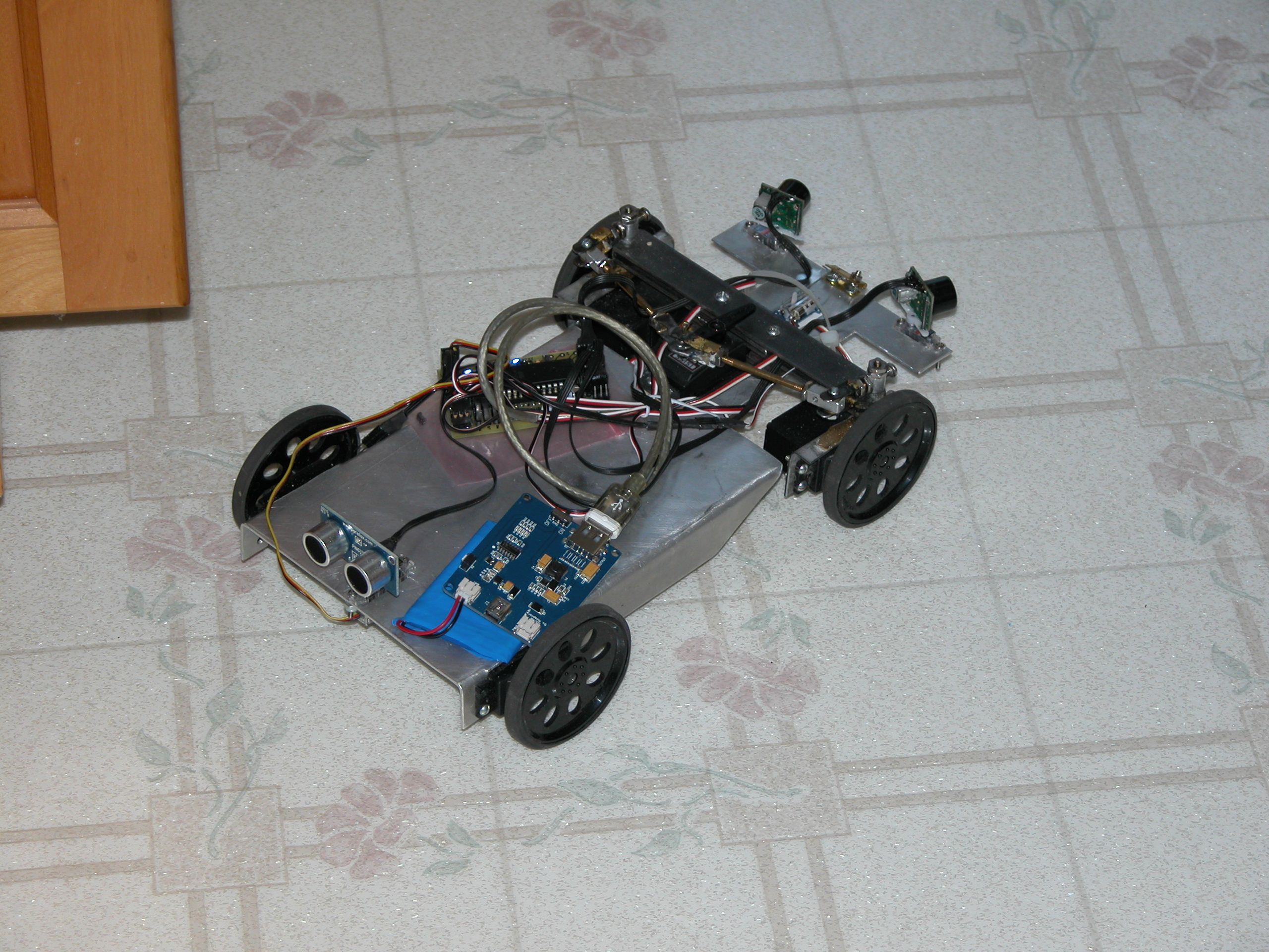 Picture of Completed 1st Stage Autonomous Solar Robot