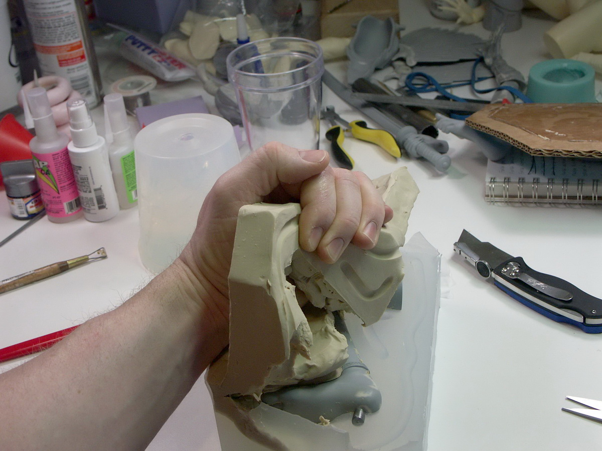 Picture of Molding the Legs