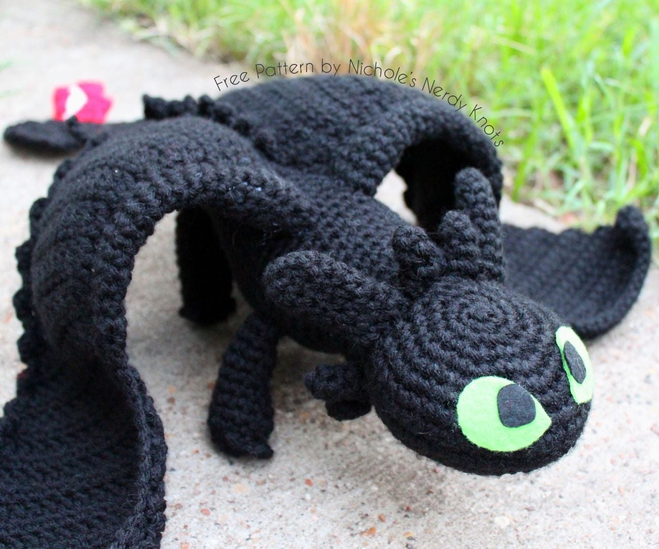 Crochet Fanatic: BLUE EYES TOON DRAGON | 1080x1296