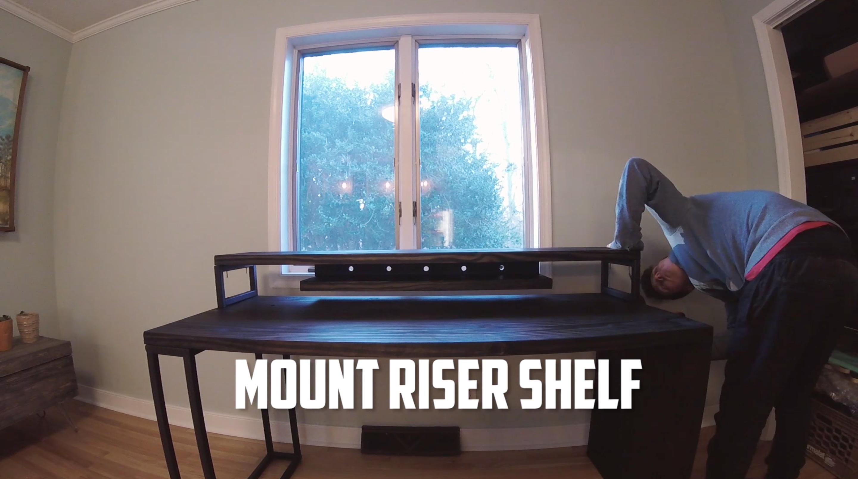 Picture of Assemble Desk