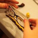 Make a glasses stand with Sugru