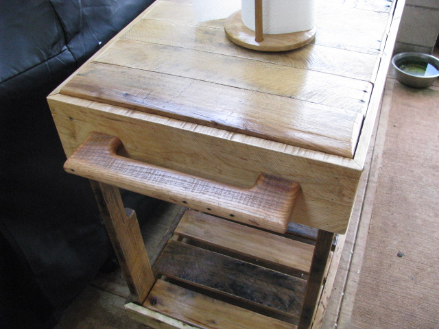 Picture of Outdoor Pallet Kitchen Cart