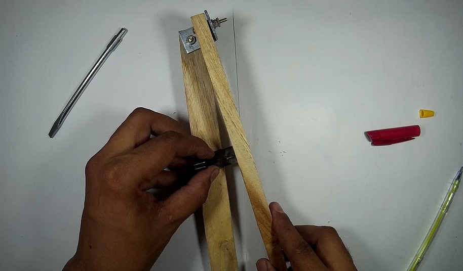 Picture of Making Plier & Fixing Blade