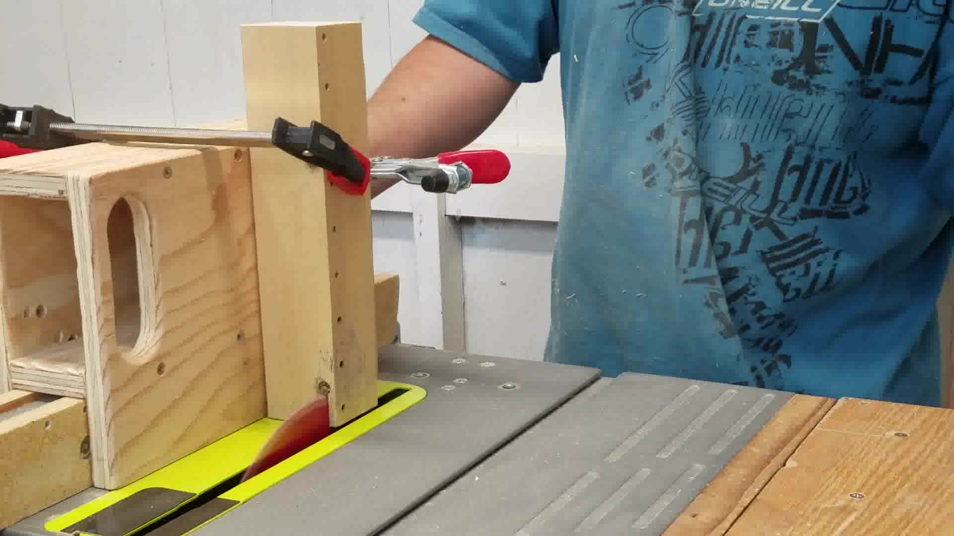 Picture of Cutting a Tenon