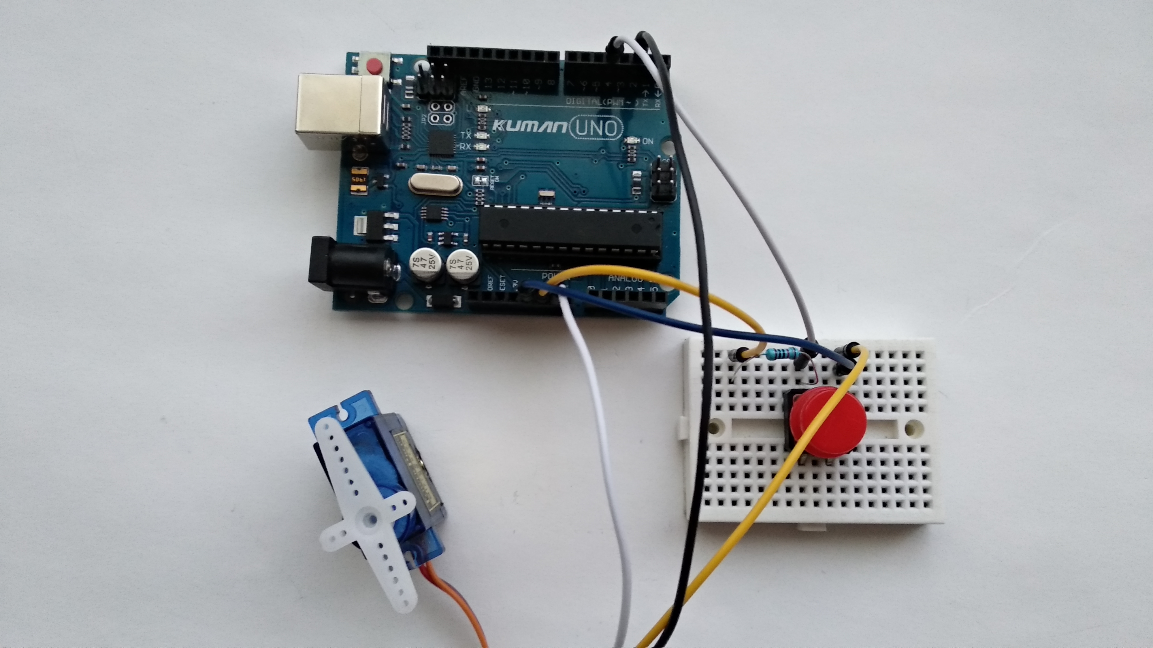 Picture of Connecting the Servo