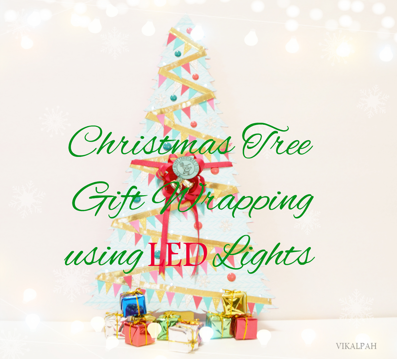Picture of Micro LED Christmas Tree Gift Wrapping