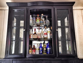 Hutch Re Purposed To A Bar Diy 13 Steps With Pictures Instructables