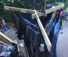 Clothes Drying Rack Out of Pallets and Paracord