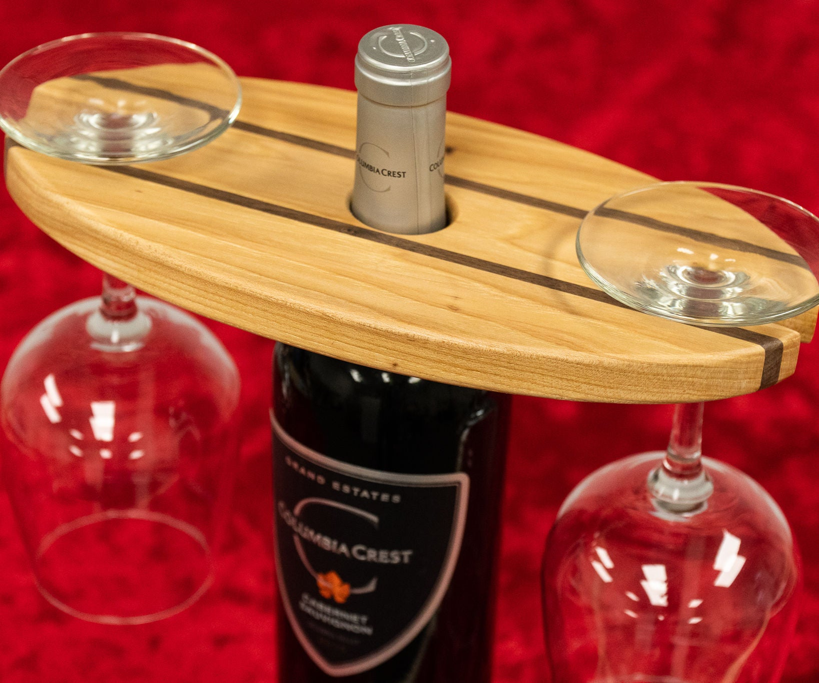How To Make A Wine Bottle And Glass Display: 10 Steps