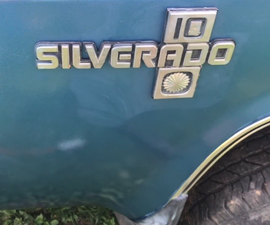 RE-iNSTALL Automotive Emblems and Badges