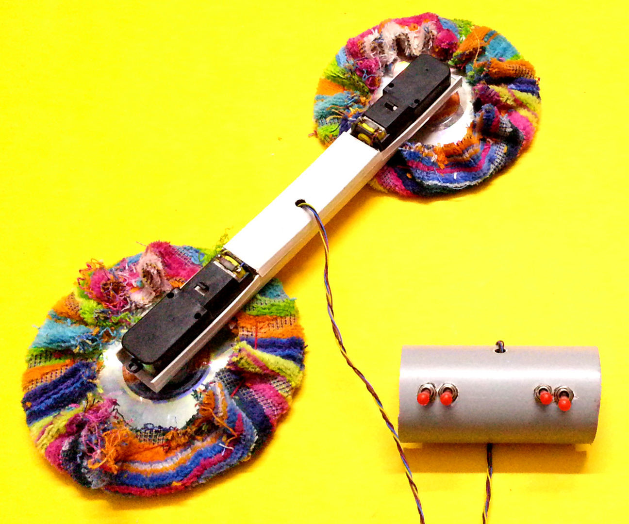 Cool gadgets you can make at home broken solar cell with for Cool gadgets to make at home