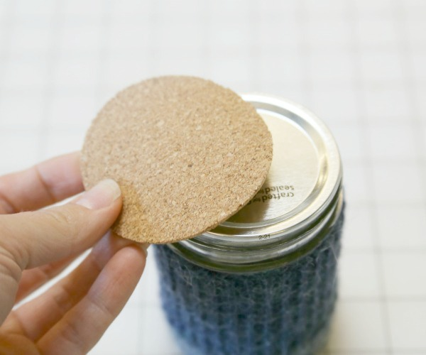 Picture of Cutting Your Cork Toppers
