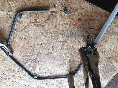 Bend the Rods for the Seat Pan